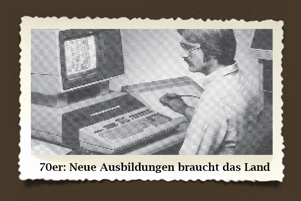 Bei neuen Technologien hatte das WIFI die Nase immer vorn. Vor allem in den 70ern: Mit dem Aufkommen der neuen Technologien hat die WIFI-Betriebsberatung die Angebote für Robotereinsatz und flexible Automation entwickelt, wie etwa im Bereich CAD/CAM. Nur die Bilder waren noch etwas pixelig! :)