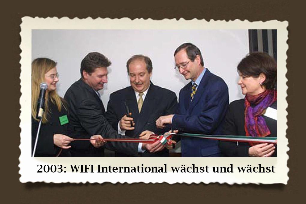 WIFI went international! Mit der Eröffnung des WIFI Hungaria in Budapest durch WKÖ-Präsident Christoph Leitl startete das WIFI die Erweiterung nach Osten.