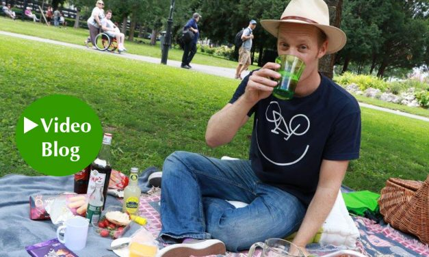 Video-Blog mit Chris Cummins: Mit Pimm's, Charme und Melone!