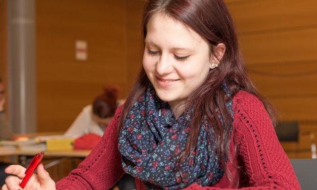 Richtig lernen, aber wie? Ein bisschen Theorie – und 6 tolle Tipps zum Pauken