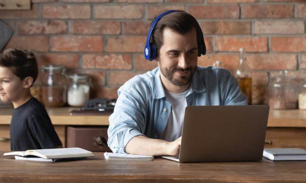 Bitte nicht stören: Wie man Gesprächslärm am Arbeitsplatz vermeidet